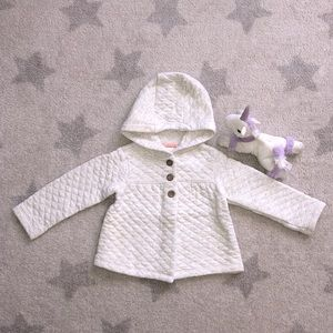 🌟Adorable Carter's Hoodies🌟Size: 24M